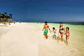 Punta Cana Family Resorts-photo used with kind permission from Hoteles Catalonia